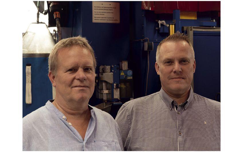 Die Brüder Karl-Heinz (re.) und Ulrich Wüller  führen das Unternehmen gemeinsam
