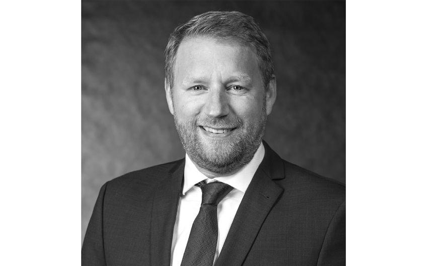 Christian Dieker ist Geschäftsführer der PREX GmbH und arbeitet seit über zwölf Jahren als Berater mit den Schwerpunkten Einkauf und Logistik