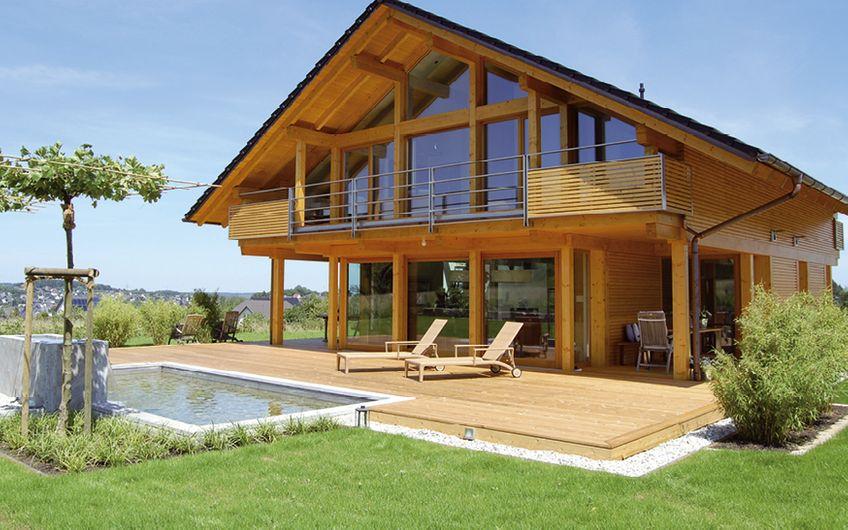 Wohnhaus in Holzrahmenbau- und Skelettbauweise
