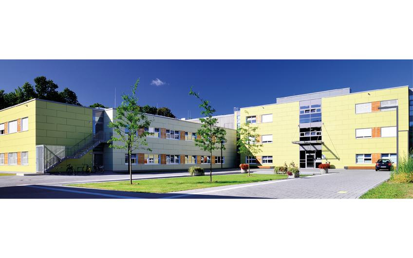 Gemäß dem Leitbild des Landschaftsverbands Rheinland (LVR) entstand in Düren eine Klinik in nachhaltiger Modulbauweise im Passivhausstandard