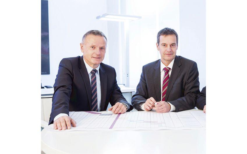 Dipl.-Ing. Jörg Kranz und Dipl.-Oec. Claus Ostheide (v.l.) leiten die HEITKAMP Unternehmensgruppe