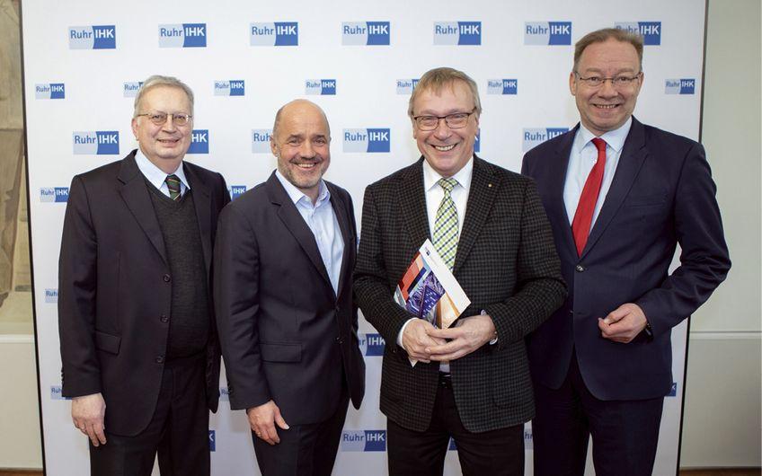 Ruhrlagebericht der Ruhr-IHKs: Geschäftslage vorerst weiter gut