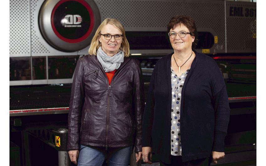 Sabine Kreling und Anne Paus (v.r.) leiten das Unternehmen in zweiter Generation Foto: Wort & Lichtbild