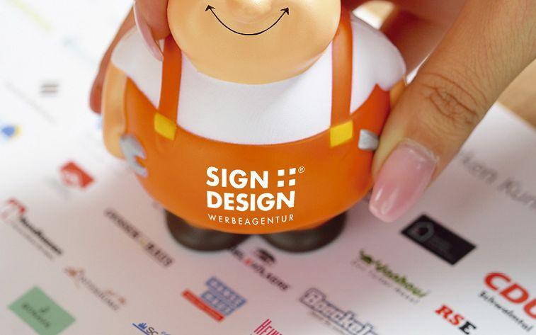 Sign + Design: David für Goliath
