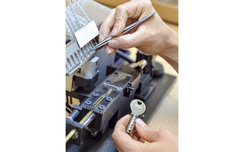 Die Firma Grabowski hat in Recklinghausen eine Produktion für Schließzylinder aufgebaut (Foto: Jan Schmitz)