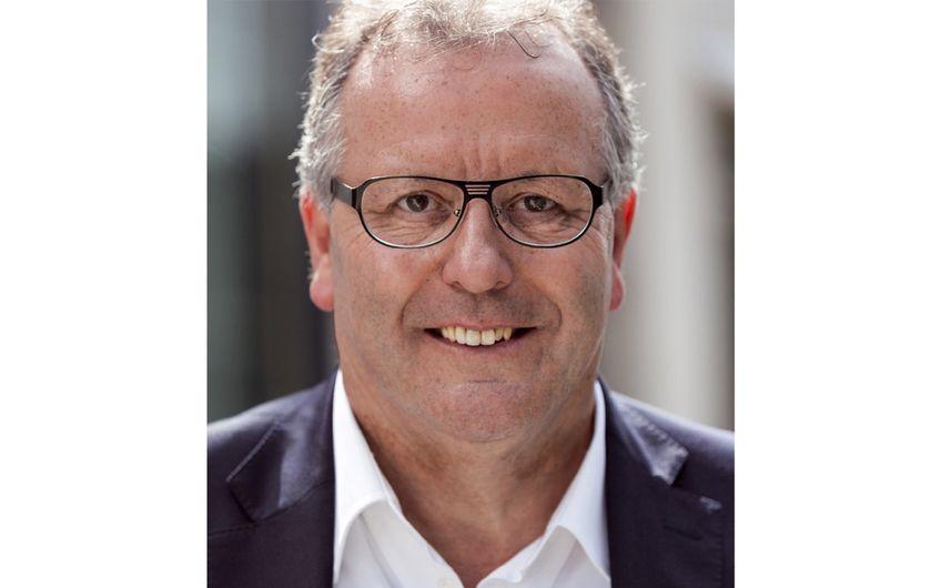 Helmut Muthers ist Landes-Geschäftsführer  des Bundesverbandes Initiative 50plus (Foto: Florian Schacken)