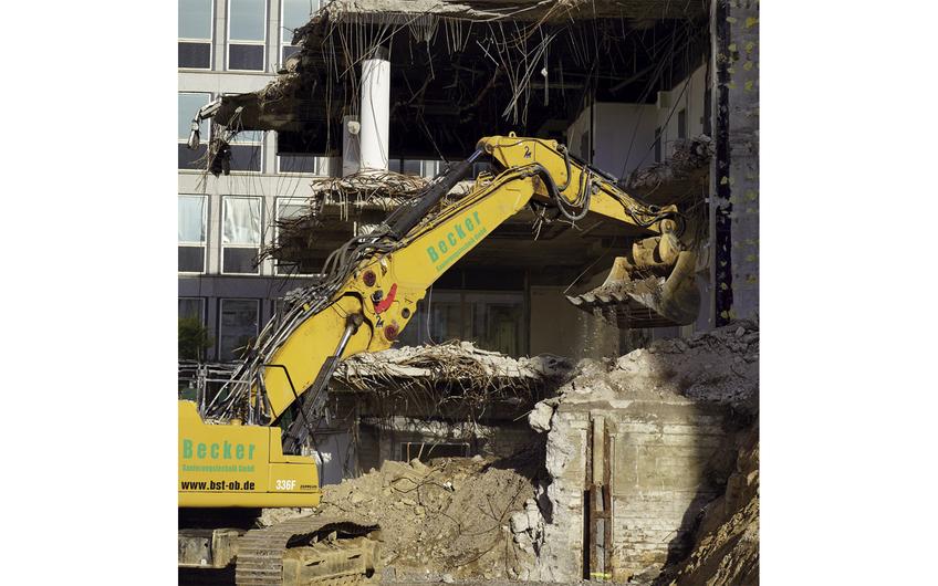 Die Abrissarbeiten am BV Campus Essen dauern insgesamt 15 Monate (Foto: Holger Bernert)