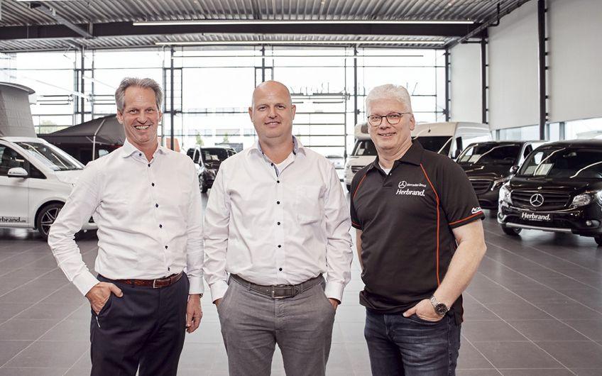 Die operative Führung in Krefeld-Fichtenhain: v. l. Jos Vaessen (Geschäftsführer Service), Lucas Degen (Verkaufsleiter Transporter) und Eckhard Prewitz (Verkaufsleiter Lkw)