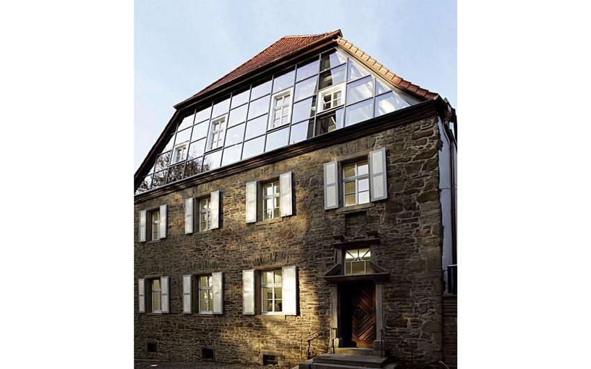Unternehmenssitz der HOPPE-Gruppe am Kirchplatz 4 in Menden