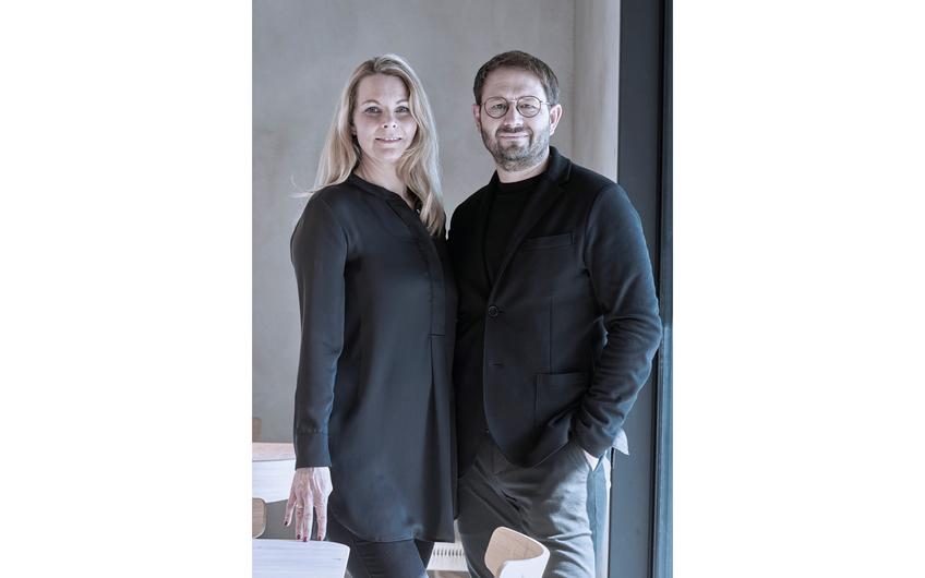 Heike und Karsten Monke im Café im Lui House (© Patrick Pantze Images)