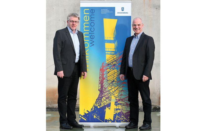Prokurist Bernd Staudt mit Geschäftsführer Heinz Stahl (v.l.) Foto: © Gerd Lorenzen