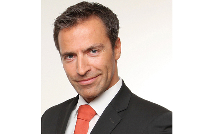 Christian Sögtrop, Transformationsspezialist