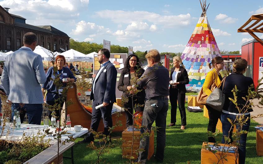 Der wir4-Pavillon auf der Landesgartenschau Kamp-Lintfort 2020 ermöglichte einen Austausch mit den verschiedenen Arbeitsmarktakteuren