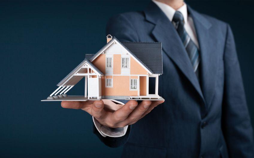 Immobilienmakler: Grundbuch statt Sparbuch?
