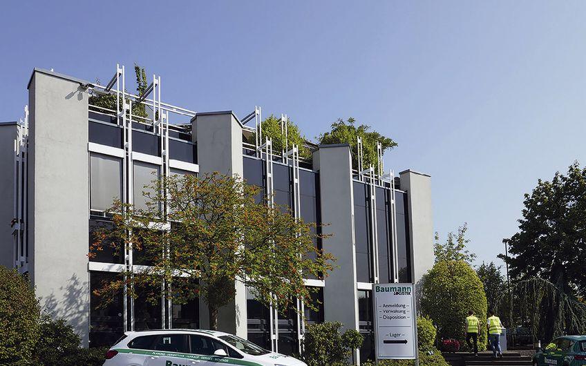 Baumann Logistik: Baumann Logistik feiert 25 Jahre Geschäftsfeld Baumann Container Raumsysteme
