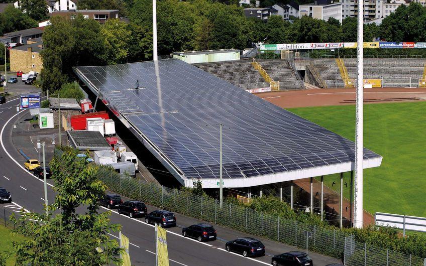500 kWp Anlage auf der Haupttribüne  des Leimbachstadions in Siegen