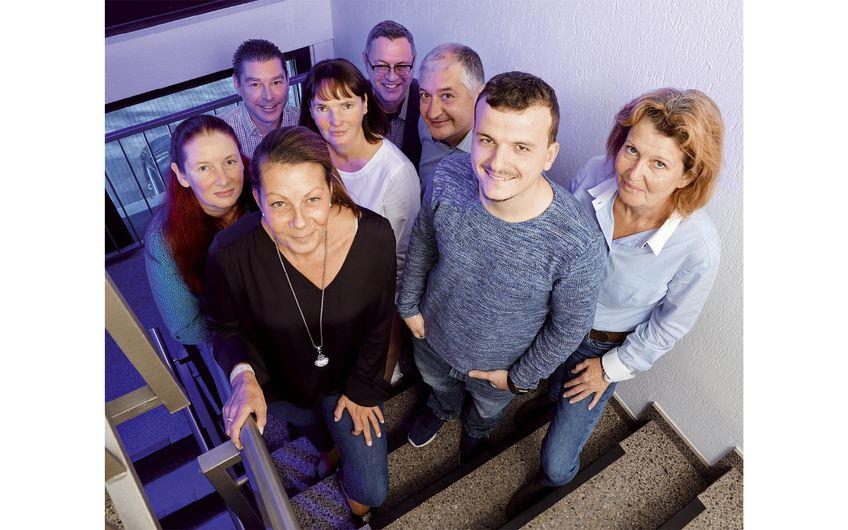 Ein Teil des Teams von Schrömbgens & Stephan Versicherungsmakler