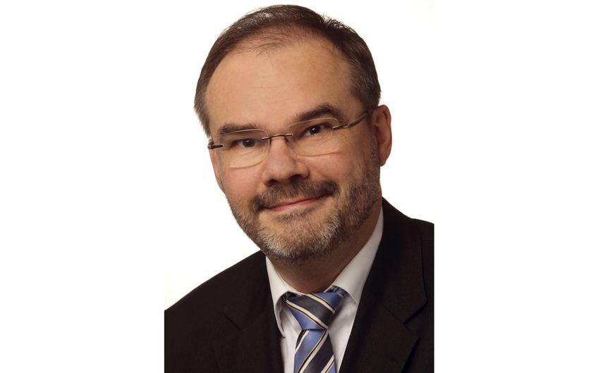 Prof. Dr. Torsten Körber, Inhaber des Lehrstuhls  für Bürgerliches Recht, Kartell- und Regulierungs- recht, Recht der digitalen Wirtschaft an der Universität zu  Köln und Direktor des Instituts für Energiewirtschaftsrecht (Foto: Wilder, Göttingen)