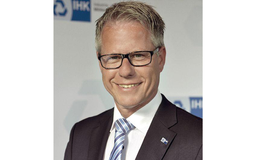 IHK Mittlerer Niederrhein: Steinmetz bleibt im Amt