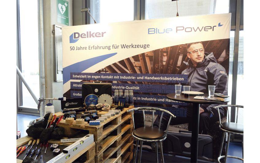 """Auch für die Zukunft ist DELKER gut aufgestellt, u.a. mit seiner Premium-Handelsmarke """"Blue Power"""" (Foto: © Friedrich Delker GmbH & Co. KG)"""