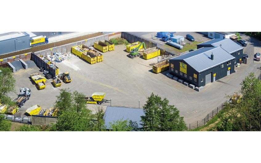 Am 2018 eröffneten Standort in Gummersbach gibt es neben einen Wertstoffhof, auch eine Altmetallannahmestelle, außerdem kann man dort auch verschiedene Gartenprodukte erwerben