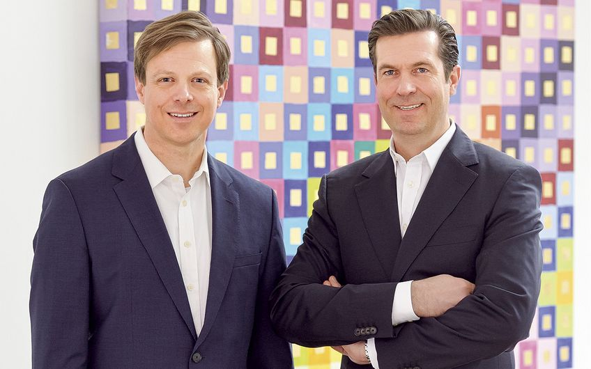 Steffen Bolz, Gründungsgesellschafter, und Peter Schulten, Geschäftsführender Gesellschafter der  Westfalenfinanz GmbH (v.l.)