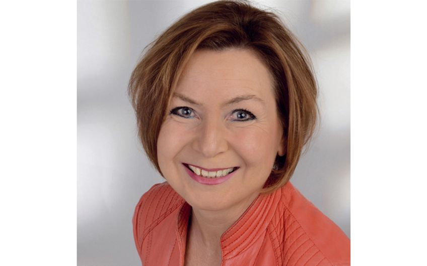 Marion Litgen ist Vertriebsleiterinder AGIS Industrie Service GmbH & Co. KG. Gerne beantwortet sie weitere Fragen zum Thema unter der Telefonnummer 02162 24998-0 oder via E-Mail unter: marion.litgen@agis-germany.com