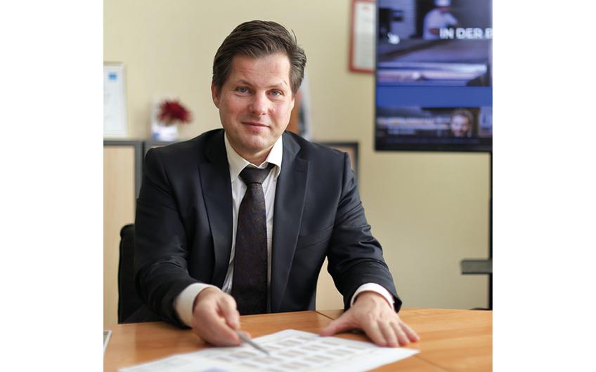Jörg Ungermann zeigt Energiesparmöglichkeiten