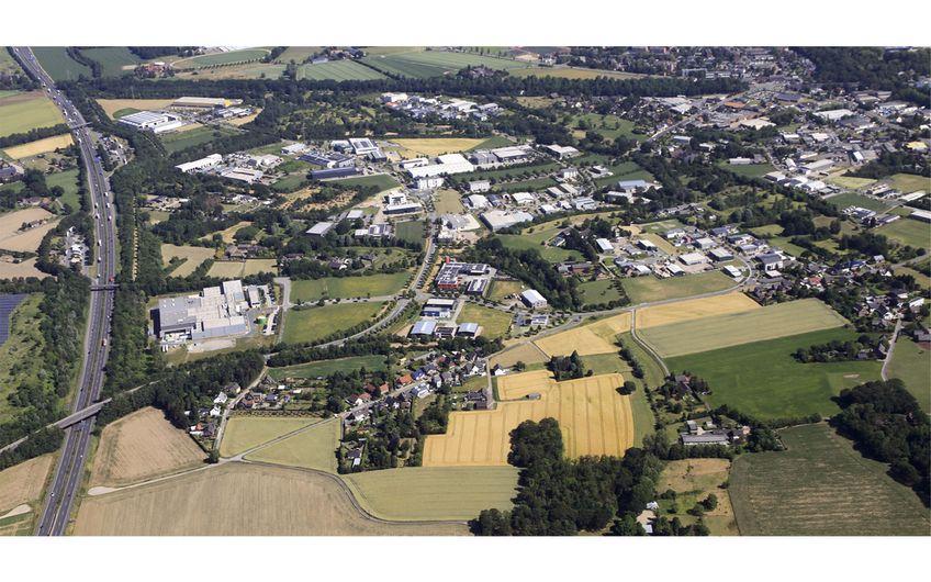 Blick auf den Grafschafter Gewerbepark Genend