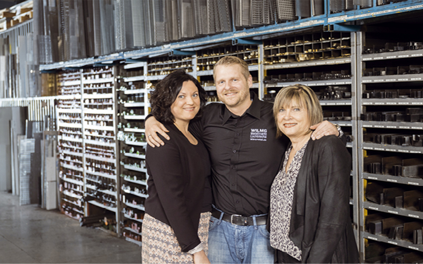 Die Geschäftsführung: Christa Wilms (Mitte) mit ihren Kindern Felix und Nina