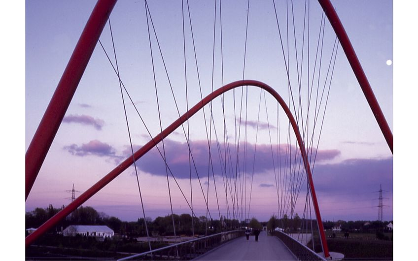 Doppelbogenbrücke zur Bundesgartenschau Gelsenkirchen