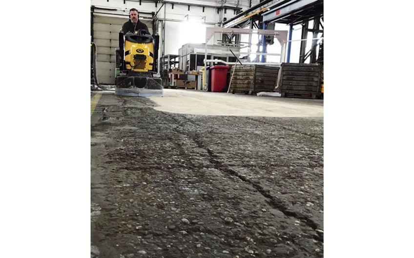 Industriehalle: Sanieren oder Neubau?