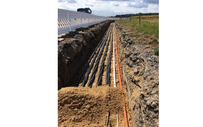Die Omexom Leitungs- und Rohrleitungsbau West GmbH verlegt Transportleitungen für Strom, Wasser, Abwasser, Gas sowie Fern- und Nahwärme