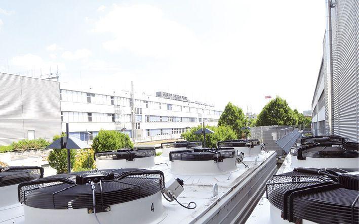 Für ausreichende Kühlung sorgt Präzisionsklimatechnik namhafter Hersteller