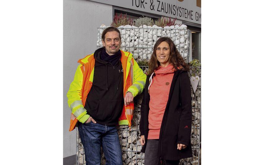 Bianca und Klaus Laarmann leiten das bergische Unternehmen (Foto: André Sarin)