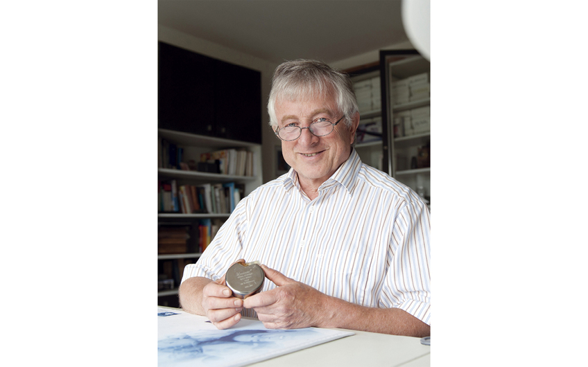 Prof. Funke entwickelte 1976 einen Herzschrittmacher