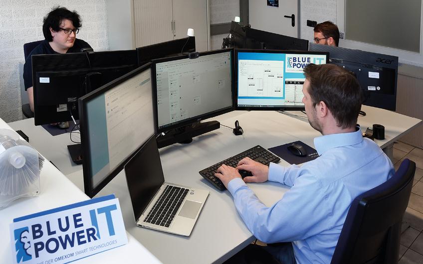 Das rund 40-köpfige Team der blue-power.IT in Uedem besteht aus erfahrenen Profis (© Gerd Lorenzen)