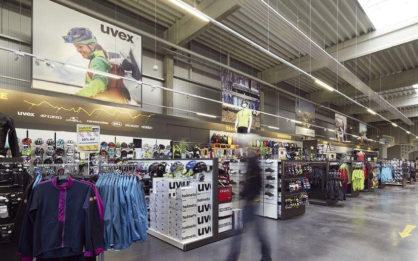Eines der Markenzeichen bei Löckenhoff + Schulte ist die riesengroße Auswahl an Produkten und Dienstleistungen