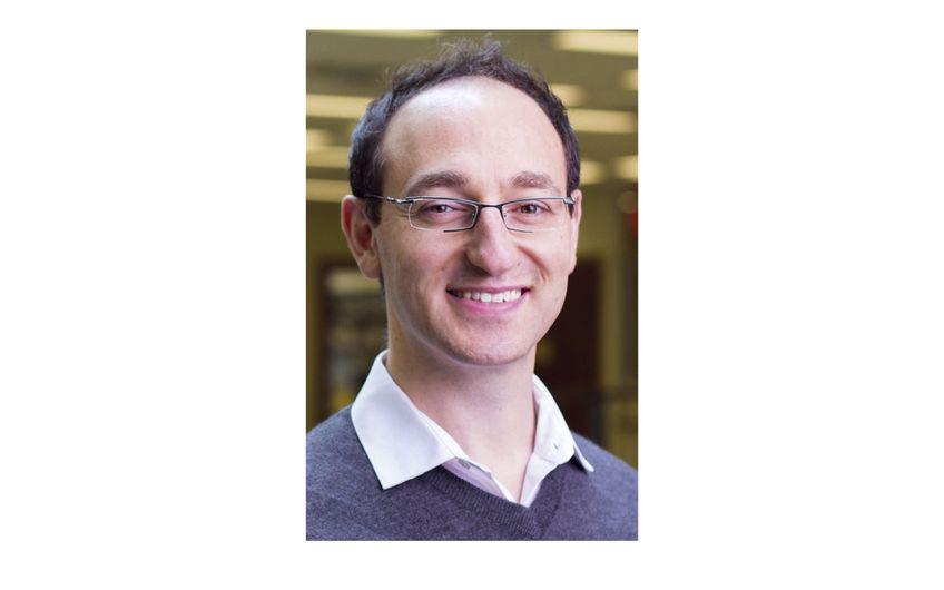 Dr. Sevag Gharibian ist seit Januar 2018 Juniorprofessor am Institut für Informatik der Universität Paderborn