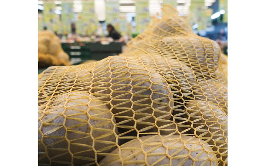 Handelsunternehmen arbeiten oft mit lokalen  Produzenten zusammen (© bilderstoeckchen - stock.adobe.com)