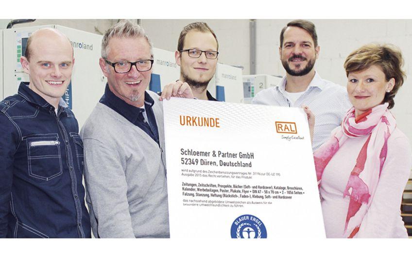 """Schloemer: Umweltsiegel """"Blauer Engel"""" für Dürener Druckerei"""
