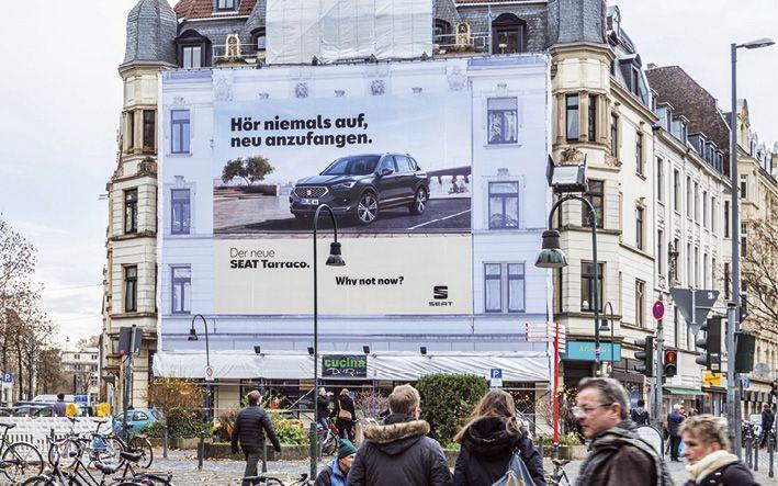 Outsite Media: Riesenposter für Deutschland