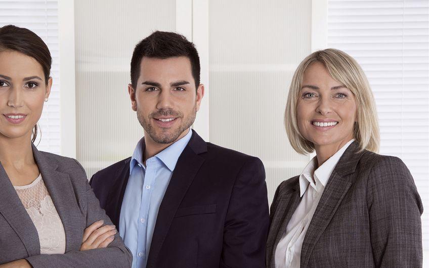 Der Aufsichtsrat einer kleinen AG besteht mindestens aus drei Personen (Foto: © Jeanette Dietl - stock.adobe.com)