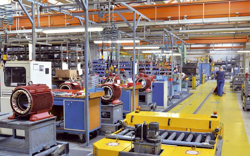 Moderne Produktionslinien stellen andere Anforderungen an das Gebäude als die alten (Foto: ©industrieblick – stock.adobe.com)