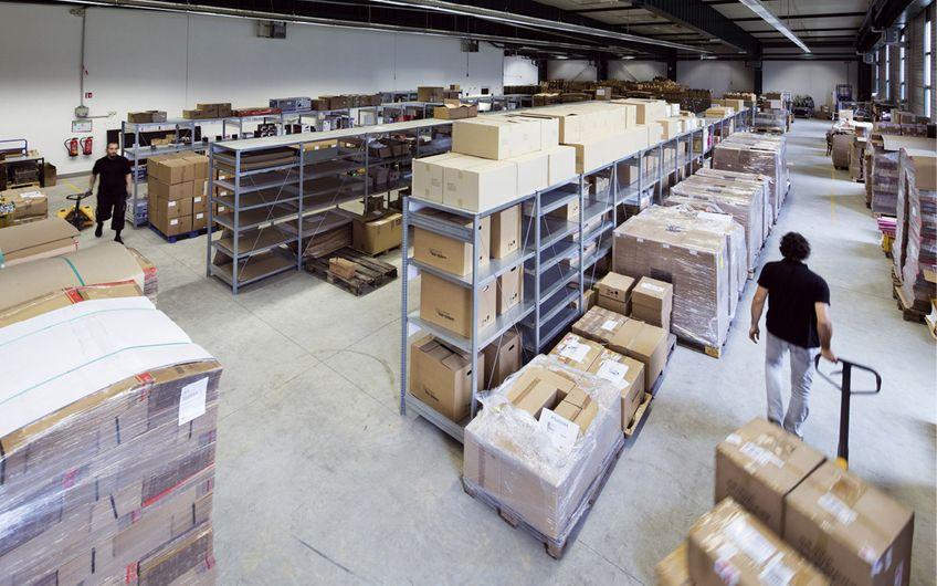 Logistik für die Kunden nimmt die Agentur selbst in die Hand