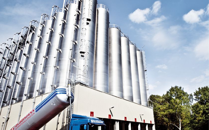 Namhafte Chemiekonzerne, Industriebetriebe und Logistikprovider zählen zu den Kunden von Bussmann