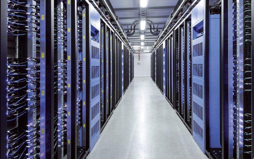 Energieeffiziente Anlagen für Industrie und IT