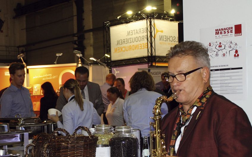 Saxophonist Charly Janke begleitete die Messe musikalisch