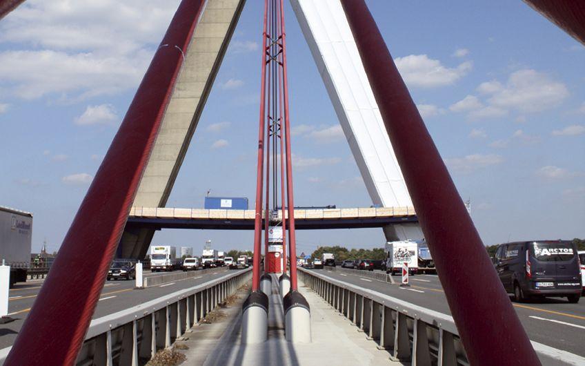 Pylon der Fleher Brücke in Düsseldorf