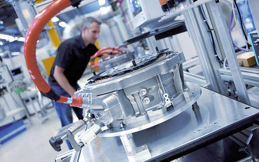 Fertigung von Elektromotoren (Foto: Bosch)